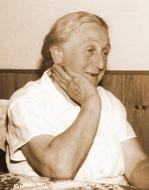 mosolygosabb_nagymama_b300.JPG