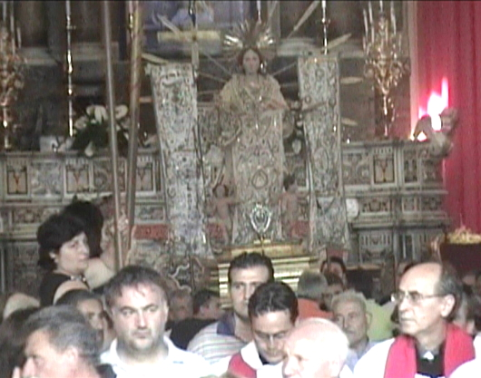 procession1-2.jpg