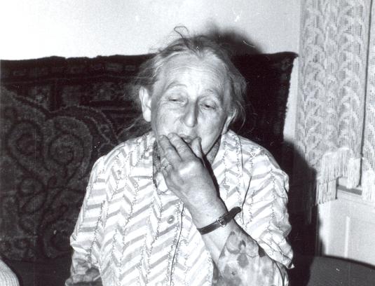 1983_0021_535.jpg