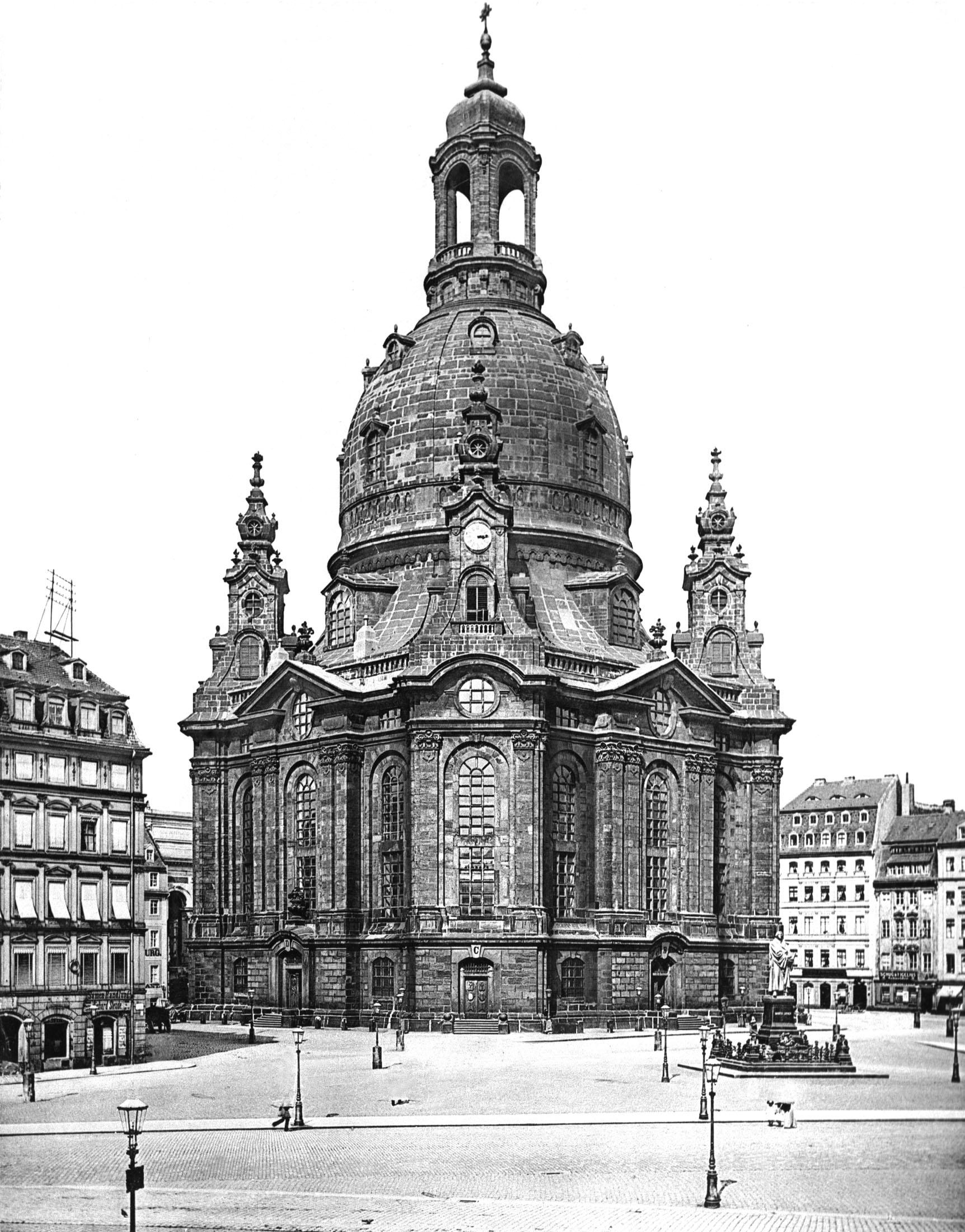 Frauenkirche_um_1897.jpg