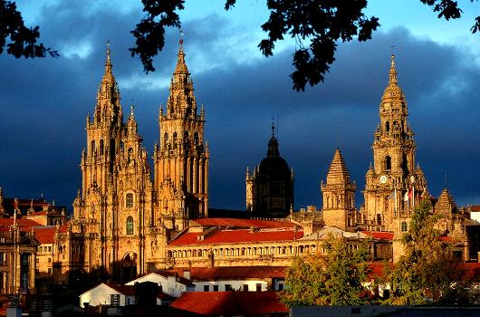 catedral-de-santiago-santiago-de-compostela-galicia-_530.jpg