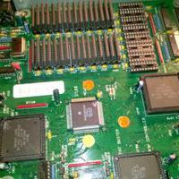 AMIGA 3000 alaplap élesztés - kondenzátor csere - alkatrész értékek