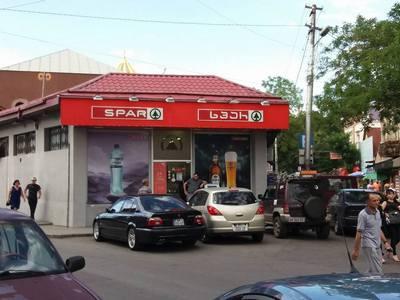 tbiliszi_15_spar.jpg