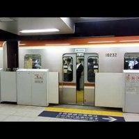 Tokió metró - peronajtókkal