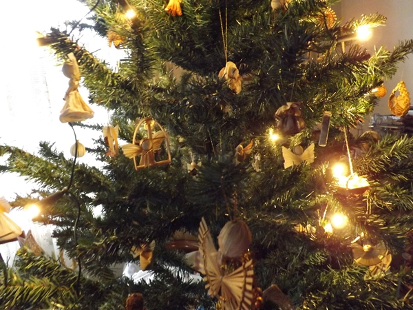 a karácsonyfa gyönyörűséges..