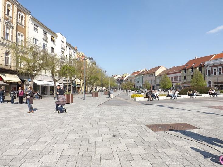 Áprilisi vasárnap... Szombathely Fő tér