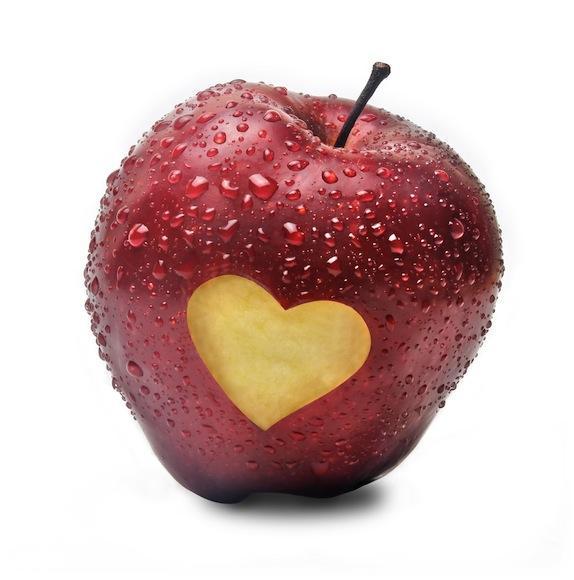 apple-love.jpg