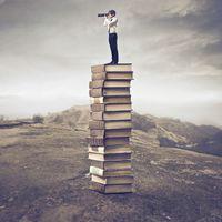 Egy olvasónak minimum hétszer kell látnia a könyvet, mielőtt észreveszi, hogy létezik