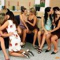 Lányok egymásközt