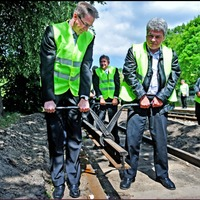 Az Orbán-kormány vasutat épít: lassabban, korruptabban, drágábban
