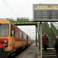 Kérdés Németh Lászlóné miniszterhez a vasúti közlekedéssel kapcsolatban