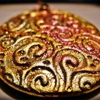 Dekoratív medálok ékszergyurmából