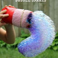 Unaloműző játékok nyárra - buborékkígyó