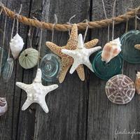 Nyári girland tengerparti kincsekből