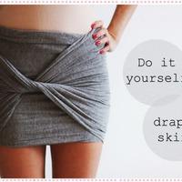 Csináld magad: strandszoknya téli kendőből, sálból