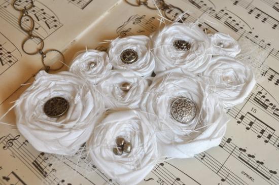 rosette bib necklace tutorial 2.jpg