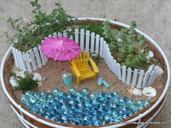 miniature garden 2 (10).JPG