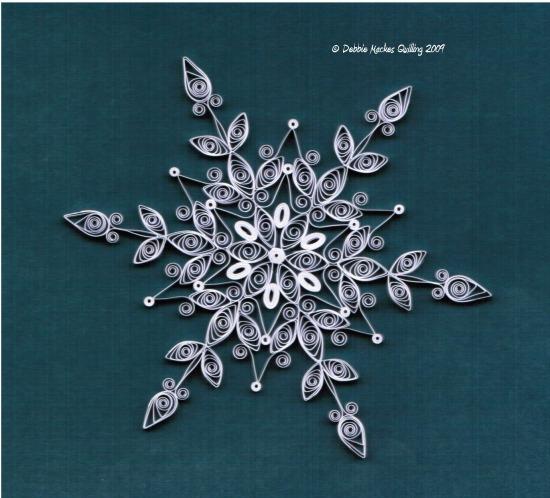 quilled snowflake-deb-mackes.JPG