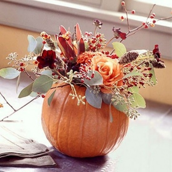 awesome-pumpkin-centerpieces-for-fall-and-halloween-table-35-554x554.jpg