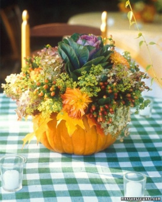 awesome-pumpkin-centerpieces-for-fall-and-halloween-table-16-554x692.jpg