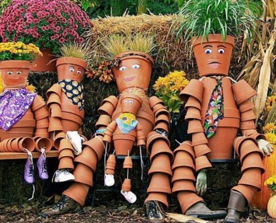 Clay-pots-people.jpg