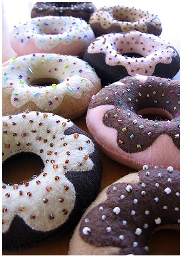 felt-donut_1.jpg