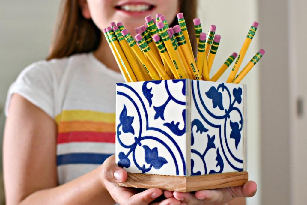 holding-a-diy-teachers-gift-pencil-holder-.jpg