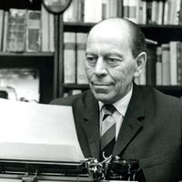 Kiírták az Örkény István drámaírói pályázatot