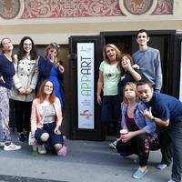 Különleges előadással nyílt meg a Wesselényi utca új színházi tere