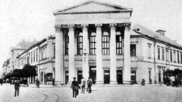 Kortárs felolvasószínházi előadásokkal ünneplik a délvidéki magyar színjátszás napját