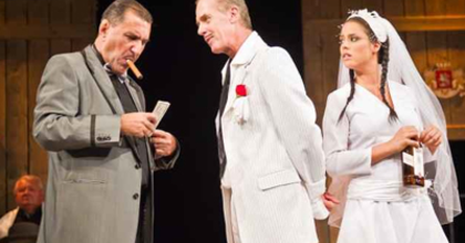 Egy nagy családról - Szülinapot ünnepelt a veszprémi színház