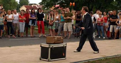 Nemzetközi utcaszínházi fesztivált rendeznek Nyírbátorban