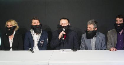 Eric Idle üzent a magyar Monty Python rajongóknak