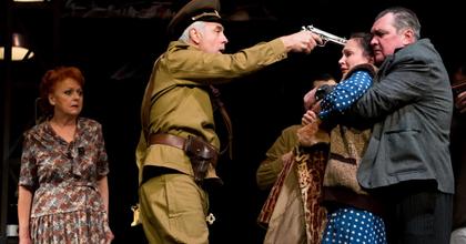 Piaci játék a József Attila Színházban