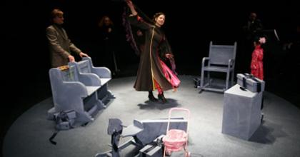 Színházavató előadás Békéscsabán