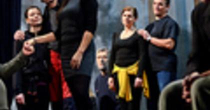 Rendhagyó sláger-operett – Viktória az Operettszínházban