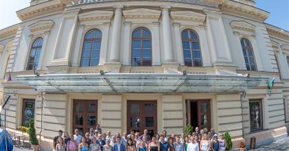 Jubileumi évadát kezdi a Vörösmarty Színház