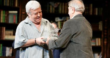 Gálvölgyi János átvette a Vidor-díjat