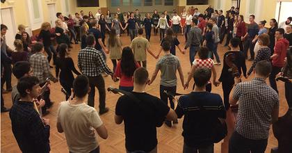 Folytatódik táncházi sorozat Bonyhádon