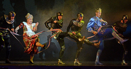 """Oszi Boszi - """"Mesesó"""" az Operettben"""