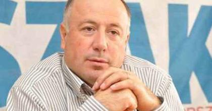 Miskolci színház: A polgármester szerint elkerülhetetlen a zárolás