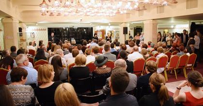 Az elfogadásra tanít a veszprémi Petőfi Színház II. Érzékenyítő Fesztiválja