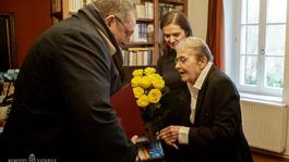 Törőcsik Marit születésnapján Velemben köszöntötte Vidnyánszky Attila