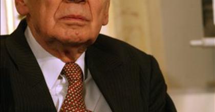 Elhunyt Hubay Miklós drámaíró