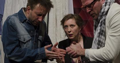 """A Gólem Színház """"antiszemita zsidóbérenc"""" előadása Izraelben vendégszerepel"""