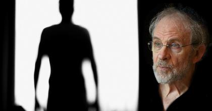 Fodor Tamás lesz Freud a Rózsavölgyi Szalonban