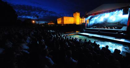 Ünnepségsorozattal indul a Gyulai Várszínház 50. évada