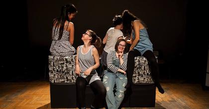 Az RS9 Színházba költözik a MáSzínház KépMás című előadása