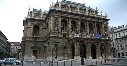 Minden hangfajban meghallgatást hirdet az Operaház