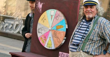 A báb az utcán hever - Bábszínházi világnapot ünnepelt a Kolibri